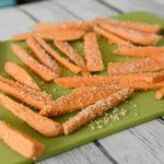 How to make sweet potato fries in an air Fryer is super easy, just lightly coat them with olive oil, panko and garlic, onion and chili powder