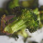 Air Fryer Broccoli Recipe has garlic salt, onion salt and olive oil
