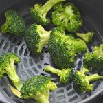 how to cook broccoli in air fryer instructions